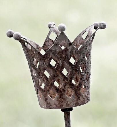 Krone welche das beste Jagdmesser symbolisiert