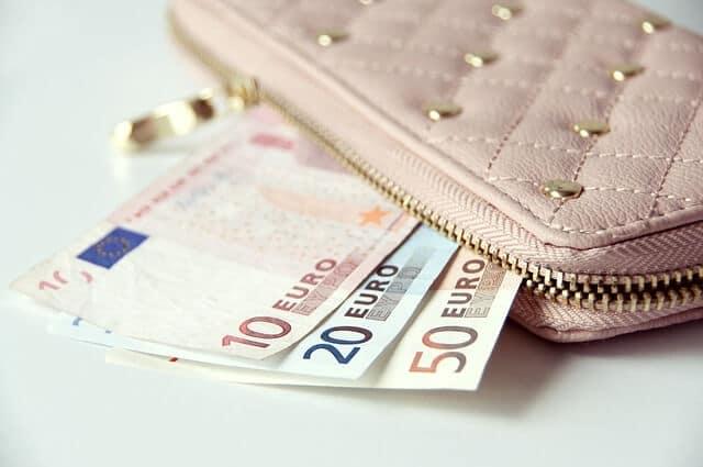 Geldscheine zum Jagdmesser kaufen